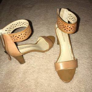 Light brown heels